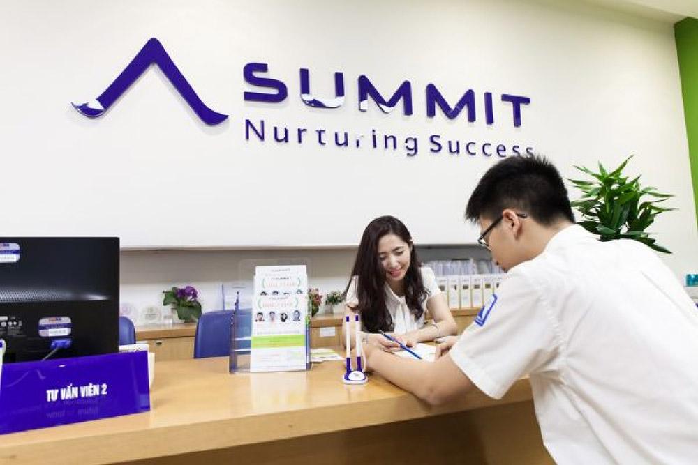 Trung tâm luyện thi Summit Education Services