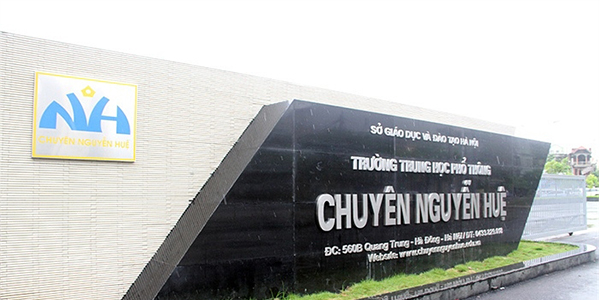 THPT Chuyên Nguyễn Huệ